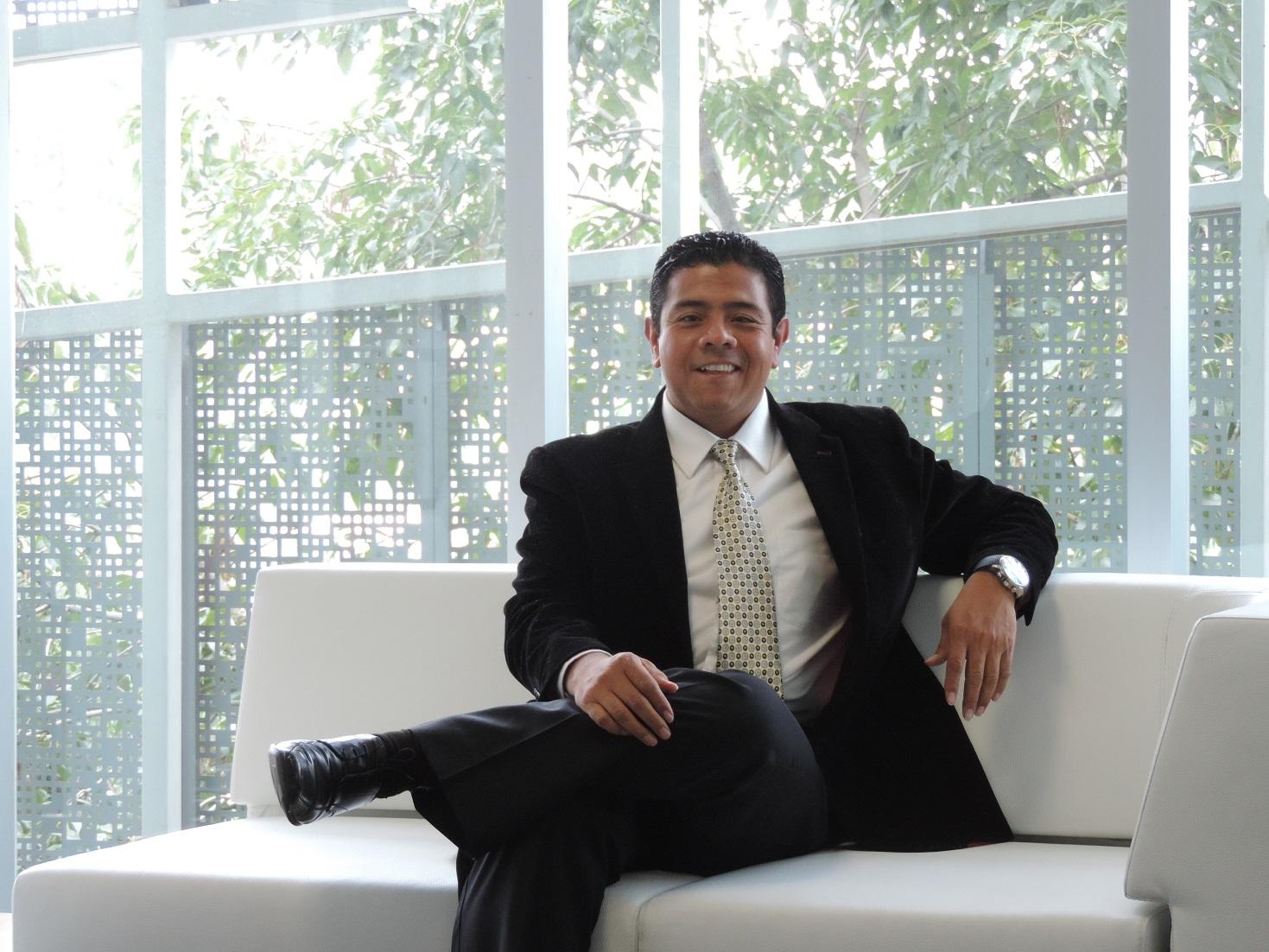 César Gutiérrez es designado asesor de la CARI