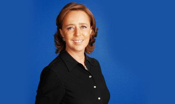 La profesora María Amparo Casar (División de Administración Pública) fue invitada