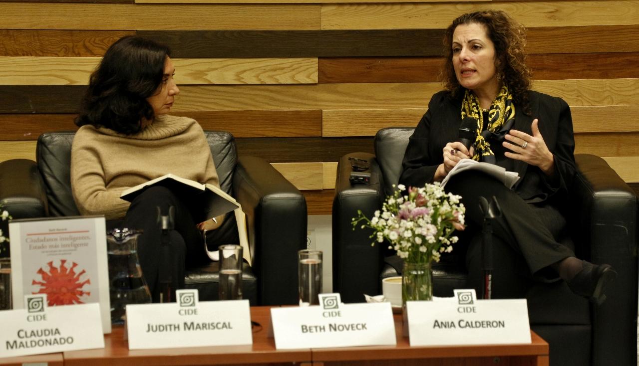 Creadora del programa de Gobierno Abierto de la Administración Obama presenta libro en el CIDE