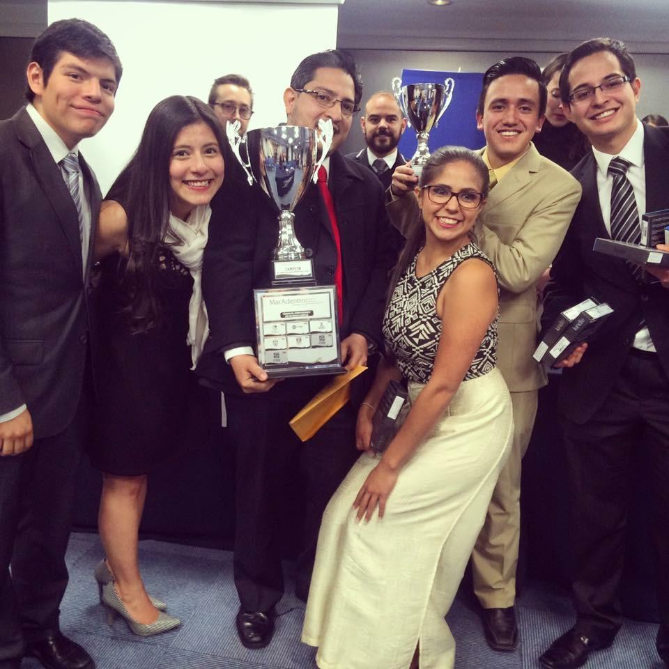 Equipo del CIDE tricampeón del Congreso Nacional Universitario de Debate «Mar Adentro»