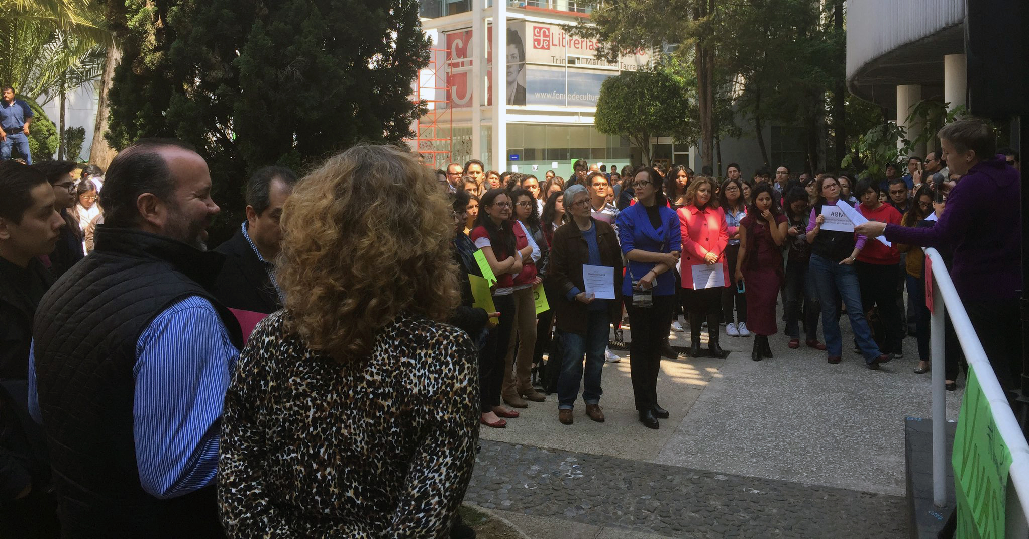 Profesoras del CIDE organizan paro simbólico para demandar equidad