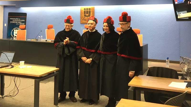 Obtiene Ana Elena Fierro el grado de Doctora en Derecho