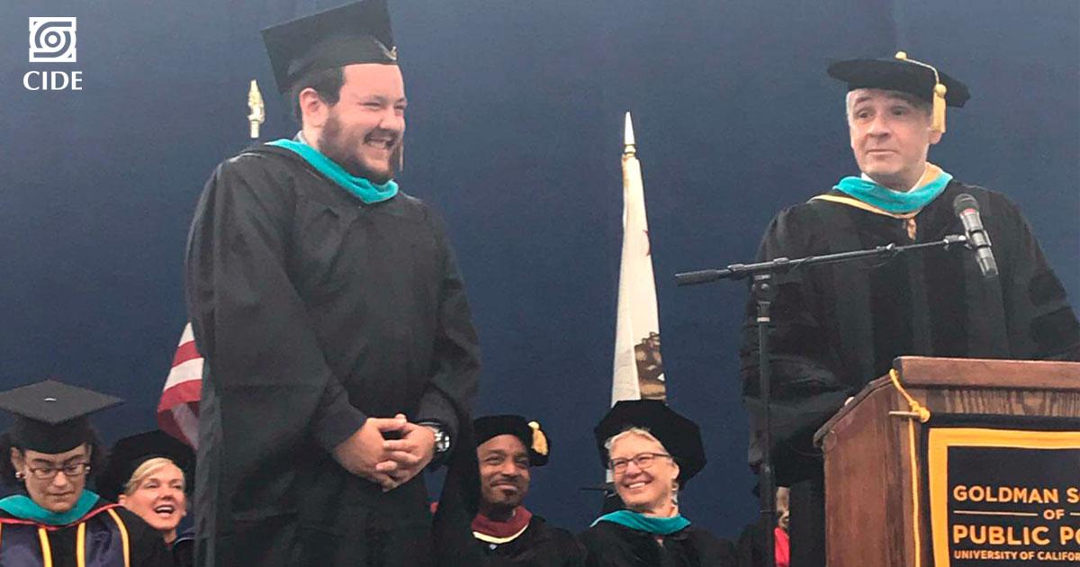 Premio <em>Smolensky</em> de la <em>University of California, Berkeley</em>, es otorgado a egresado del CIDE