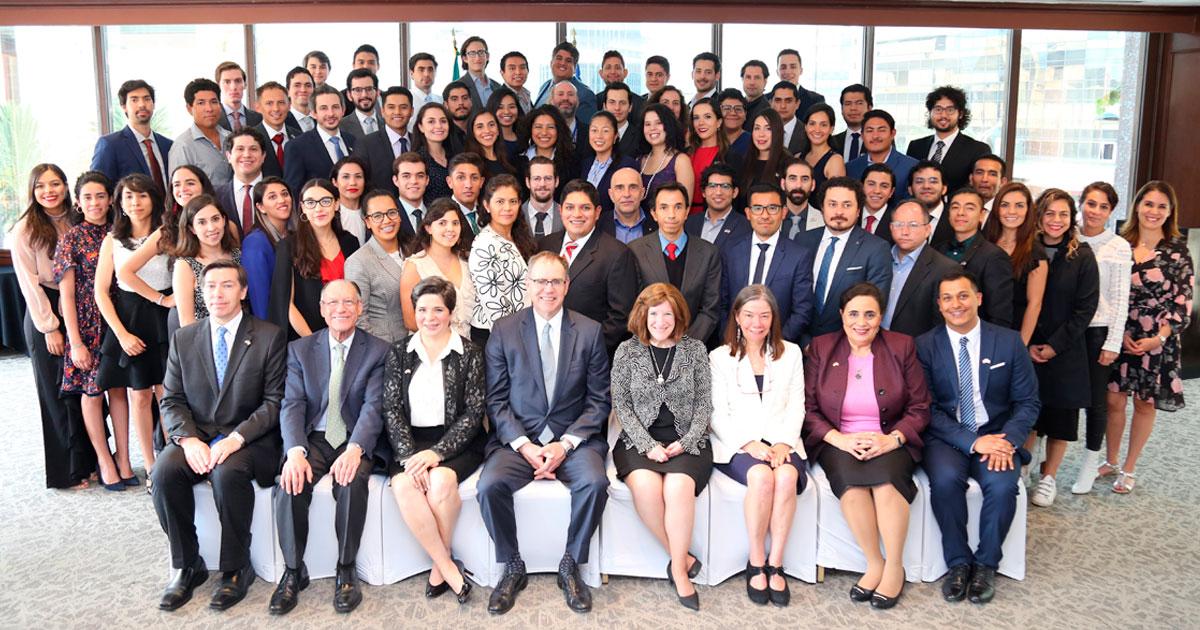 Egresados del CIDE obtienen beca <em>Fulbright-García Robles </em>para estudiar en Standford y Harvard