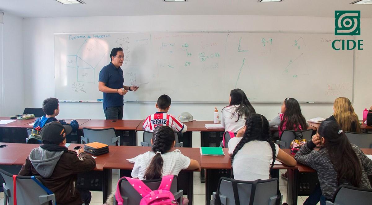 Alumnos del CIDE imparten el curso Inclusión matemática a niños y niñas de educación básica