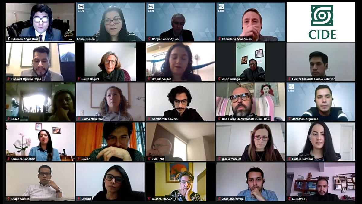 CIDE realiza ceremonia virtual para sus egresados de posgrado